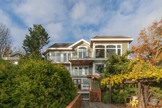 "Photo 2: 14112 MARINE Drive: White Rock House for sale in ""Waterfront Marine Drives Golden Mile"" (South Surrey White Rock)  : MLS®# R2517454"