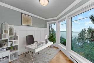 "Photo 27: 14112 MARINE Drive: White Rock House for sale in ""Waterfront Marine Drives Golden Mile"" (South Surrey White Rock)  : MLS®# R2517454"