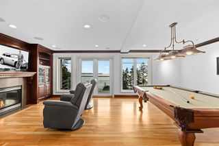 "Photo 19: 14112 MARINE Drive: White Rock House for sale in ""Waterfront Marine Drives Golden Mile"" (South Surrey White Rock)  : MLS®# R2517454"