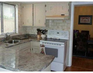 """Photo 5: 10 11291 7TH Avenue in Richmond: Steveston Villlage Townhouse for sale in """"MARINERS VILLAGE"""" : MLS®# V890743"""