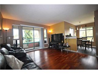 Photo 1: 316 223 MOUNTAIN Highway in North Vancouver: Lynnmour Condo for sale : MLS®# V944047