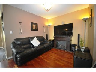 Photo 3: 316 223 MOUNTAIN Highway in North Vancouver: Lynnmour Condo for sale : MLS®# V944047