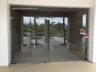 Photo 2: Commercial space available in Playa Blanca