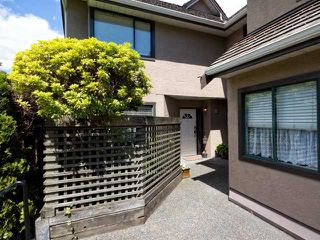 Photo 2: # 1 237 W 16TH ST in North Vancouver: Central Lonsdale Townhouse for sale : MLS®# V1012508