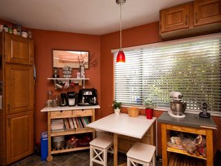 Photo 13: # 1 237 W 16TH ST in North Vancouver: Central Lonsdale Townhouse for sale : MLS®# V1012508