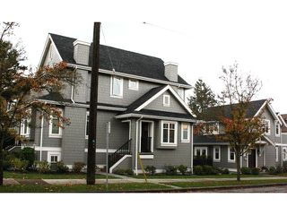 Photo 3: 2889 COLUMBIA Street in Vancouver: Mount Pleasant VW House Triplex for sale (Vancouver West)  : MLS®# V1029693