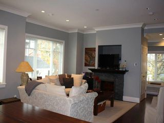 Photo 11: 2889 COLUMBIA Street in Vancouver: Mount Pleasant VW House Triplex for sale (Vancouver West)  : MLS®# V1029693