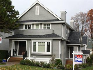 Photo 1: 2889 COLUMBIA Street in Vancouver: Mount Pleasant VW House Triplex for sale (Vancouver West)  : MLS®# V1029693