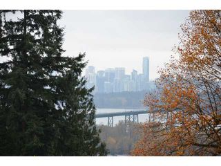 Photo 2: 856 ANDERSON Crescent in West Vancouver: Sentinel Hill House for sale : MLS®# V1030765