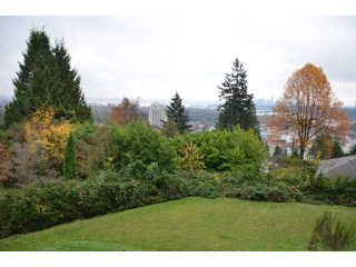Photo 3: 856 ANDERSON Crescent in West Vancouver: Sentinel Hill House for sale : MLS®# V1030765