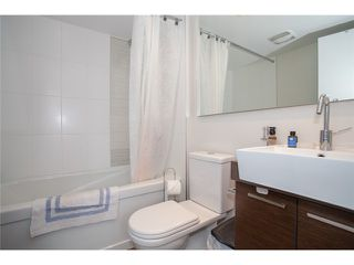 Photo 6: 1703 535 SMITHE Street in Vancouver: Downtown VW Condo for sale (Vancouver West)  : MLS®# V1070337