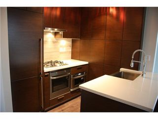 Photo 9: 1703 535 SMITHE Street in Vancouver: Downtown VW Condo for sale (Vancouver West)  : MLS®# V1070337
