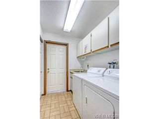 Photo 15: 2255 Woodlawn Crescent in VICTORIA: OB North Oak Bay Single Family Detached for sale (Oak Bay)  : MLS®# 343014
