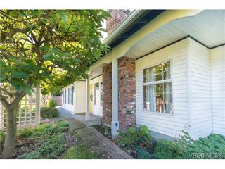 Photo 20: 2255 Woodlawn Crescent in VICTORIA: OB North Oak Bay Single Family Detached for sale (Oak Bay)  : MLS®# 343014