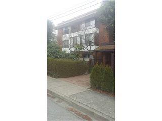 Main Photo: 101 1290 MARTIN Street: White Rock Condo for sale (South Surrey White Rock)  : MLS®# F1428850