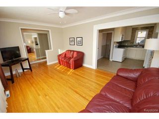 Photo 4: 741 Prince Rupert Avenue in WINNIPEG: East Kildonan Residential for sale (North East Winnipeg)  : MLS®# 1500262