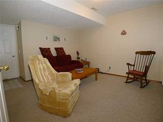 Photo 13: 1409 1 Street NE in Calgary: Crescent Heights Townhouse for sale : MLS®# C3648539