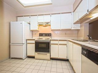 "Photo 2: 303 6070 MCMURRAY Avenue in Burnaby: Forest Glen BS Condo for sale in ""LA MIRAGE"" (Burnaby South)  : MLS®# V1099727"