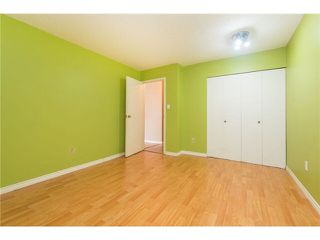 """Photo 9: 106 1955 WOODWAY Place in Burnaby: Brentwood Park Condo for sale in """"DOUGLAS VIEW"""" (Burnaby North)  : MLS®# V1117607"""