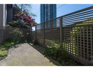 """Photo 7: 106 1955 WOODWAY Place in Burnaby: Brentwood Park Condo for sale in """"DOUGLAS VIEW"""" (Burnaby North)  : MLS®# V1117607"""