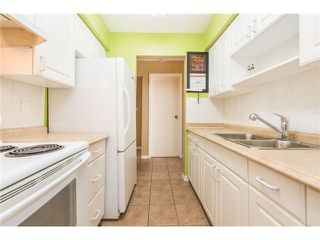 """Photo 4: 106 1955 WOODWAY Place in Burnaby: Brentwood Park Condo for sale in """"DOUGLAS VIEW"""" (Burnaby North)  : MLS®# V1117607"""