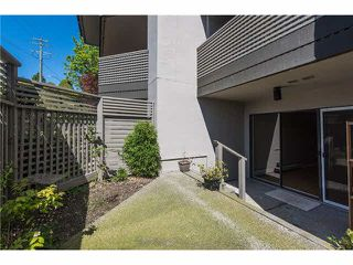 """Photo 6: 106 1955 WOODWAY Place in Burnaby: Brentwood Park Condo for sale in """"DOUGLAS VIEW"""" (Burnaby North)  : MLS®# V1117607"""