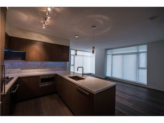 "Photo 4: 2008 6588 NELSON Avenue in Burnaby: Metrotown Condo for sale in ""THE MET"" (Burnaby South)  : MLS®# V1132470"