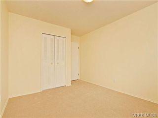 Photo 13: 308 1525 Hillside Avenue in VICTORIA: Vi Oaklands Condo Apartment for sale (Victoria)  : MLS®# 353863