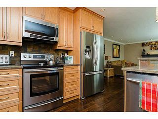 Photo 8: 20716 51ST Avenue in Langley: Langley City House for sale : MLS®# F1450329