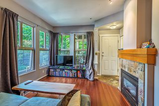 "Photo 2: 121 15 SIXTH Avenue in NEW WEST: Queens Park Townhouse for sale in ""THE CROFTON"" (New Westminster)  : MLS®# R2008417"
