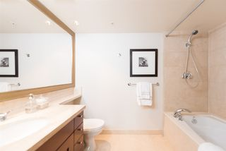 "Photo 11: 807 590 NICOLA Street in Vancouver: Coal Harbour Condo for sale in ""Cascina"" (Vancouver West)  : MLS®# R2053139"
