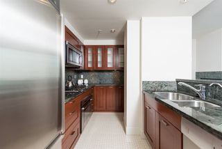 "Photo 15: 807 590 NICOLA Street in Vancouver: Coal Harbour Condo for sale in ""Cascina"" (Vancouver West)  : MLS®# R2053139"
