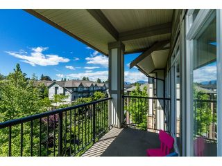 "Photo 37: 506 8717 160 Street in Surrey: Fleetwood Tynehead Condo for sale in ""Vernazza"" : MLS®# R2066443"