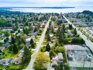 Photo 10: 1589 MAPLE Street: White Rock House for sale (South Surrey White Rock)  : MLS®# R2081712