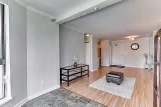 "Photo 9: 906 488 HELMCKEN Street in Vancouver: Yaletown Condo for sale in ""Robinson Tower"" (Vancouver West)  : MLS®# R2086319"