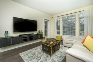 Photo 11: 302 15360 20 Avenue in Surrey: King George Corridor Condo for sale (South Surrey White Rock)  : MLS®# R2133201