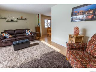 Photo 5: 334 Redberry Road in Saskatoon: Lawson Heights Single Family Dwelling for sale (Saskatoon Area 03)  : MLS®# 600688