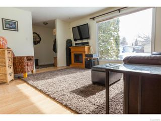 Photo 4: 334 Redberry Road in Saskatoon: Lawson Heights Single Family Dwelling for sale (Saskatoon Area 03)  : MLS®# 600688