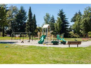 Photo 19: 1838 Newton Street in VICTORIA: SE Camosun Single Family Detached for sale (Saanich East)  : MLS®# 376379