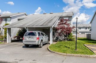 "Photo 1: 35 26970 32 Avenue in Langley: Aldergrove Langley Townhouse for sale in ""PARKSIDE"" : MLS®# R2161967"