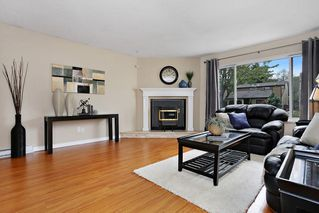 Photo 2: 6060 BROOKS Crescent in Surrey: Cloverdale BC House for sale (Cloverdale)  : MLS®# R2163675