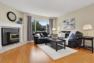 Photo 3: 6060 BROOKS Crescent in Surrey: Cloverdale BC House for sale (Cloverdale)  : MLS®# R2163675