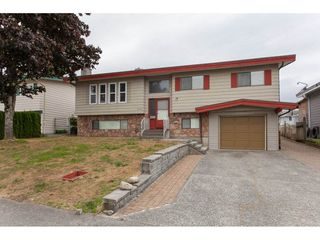 Photo 1: 3410 SECHELT Terrace in Abbotsford: Abbotsford West House for sale : MLS®# R2177932