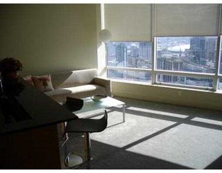 "Photo 8: 1077 W CORDOVA Street in Vancouver: Coal Harbour Condo for sale in ""SHAW TOWER"" (Vancouver West)  : MLS®# V627631"