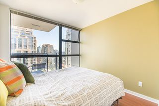 "Photo 3: 1902 1295 RICHARDS Street in Vancouver: Downtown VW Condo for sale in ""OSCAR"" (Vancouver West)  : MLS®# R2190580"
