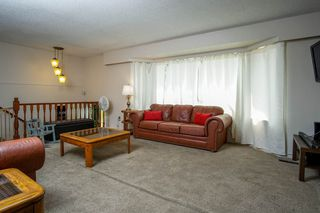 Photo 4: 7865 SUNCREST Drive in Surrey: East Newton House for sale : MLS®# R2194524