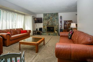 Photo 3: 7865 SUNCREST Drive in Surrey: East Newton House for sale : MLS®# R2194524