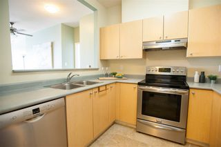 "Photo 9: 209 580 TWELFTH Street in New Westminster: Uptown NW Condo for sale in ""THE REGENCY"" : MLS®# R2199088"