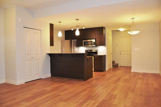"Photo 5: 103 2343 ATKINS Avenue in Port Coquitlam: Central Pt Coquitlam Condo for sale in ""THE PEARL"" : MLS®# R2203416"
