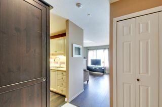 Photo 2: 504 6737 STATION HILL COURT in Burnaby: South Slope Condo for sale (Burnaby South)  : MLS®# R2210952